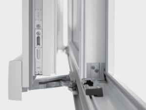 Замена механизма пластикового окна в Тамбове